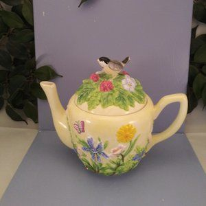 Harry and David Yellow Floral Ceramic Teapot NEW